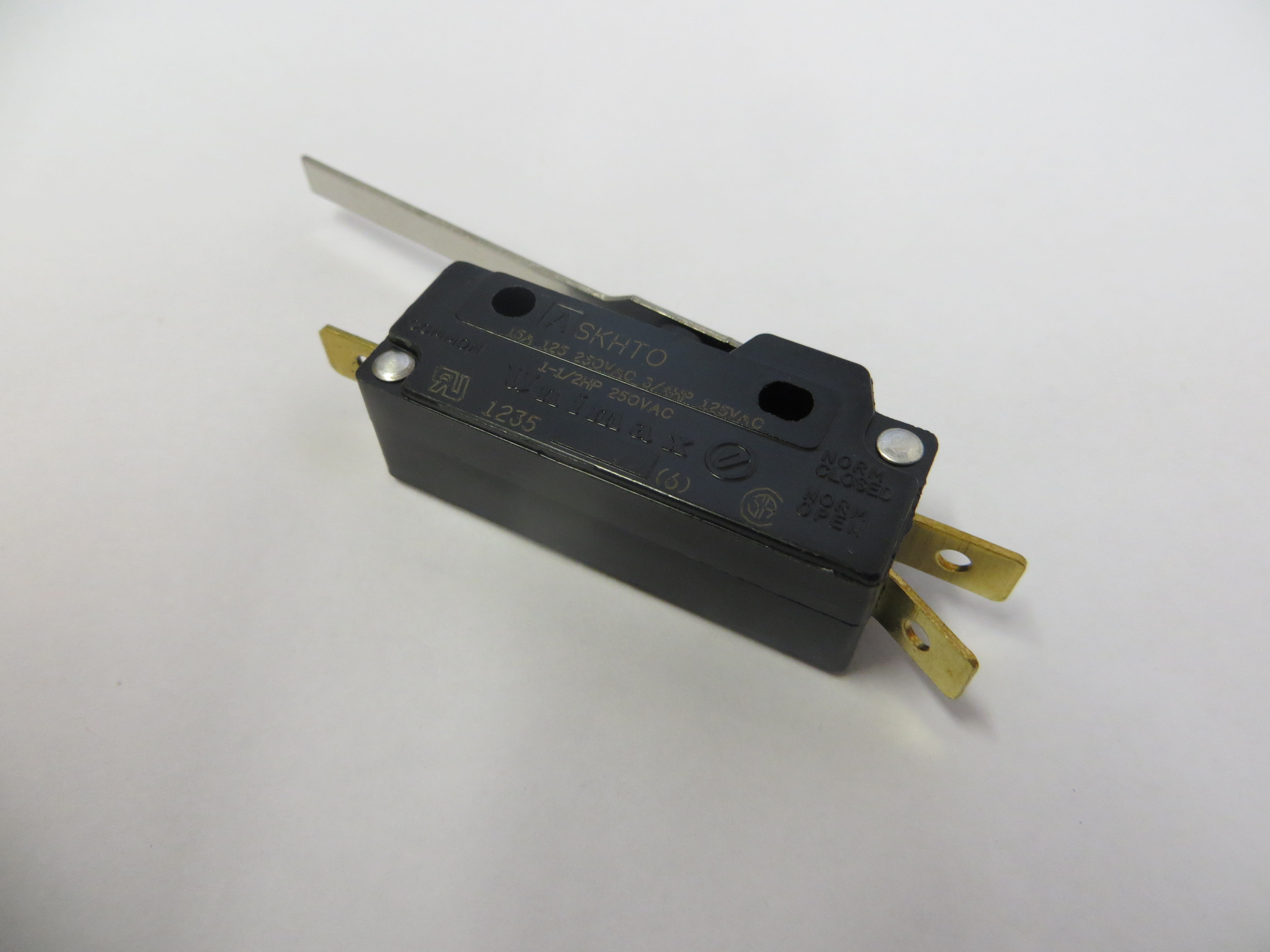M400952 - Door Switch